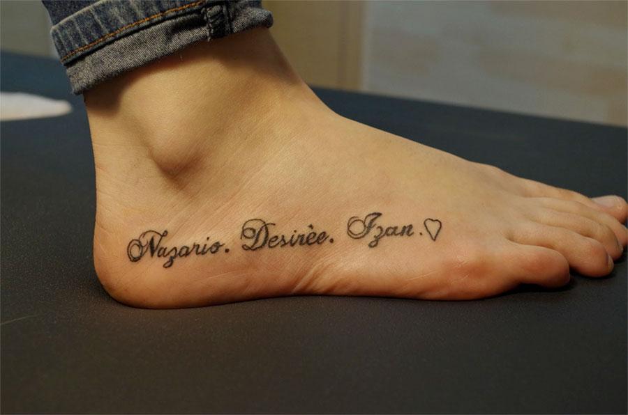 tatuajes letras pie